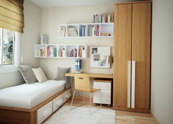 Компактное расположение мебели в маленькой комнате