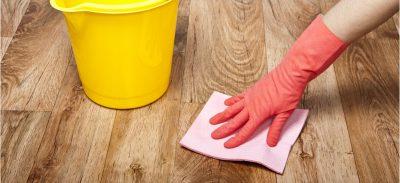 Чем помыть линолеум после ремонта?