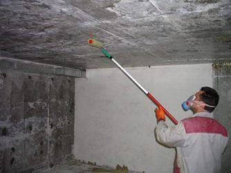 Чем обработать стены погреба от влаги?