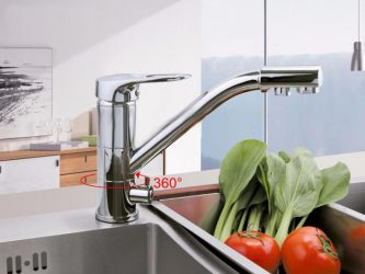 Краны кухонные с двумя истоками воды